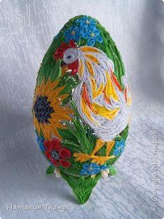 Поделка изделие Пасха Квиллинг Сувенирные пасхальные яйца Бумажные полосы фото 2