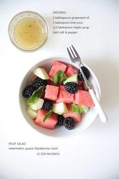 fruit salad and vinagrette