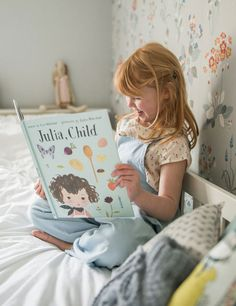 'Julia, Child' -- words by Kyo Maclear and pictures by Julie Morstad Cute Babies, Baby Kids, Uplifting Books, Kids Reading Books, Girl Photo Shoots, Raising Girls, Childhood Cancer, Book Girl, Cute Outfits For Kids
