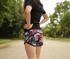 Sizes Included: 0 -18Skill Level:Intermediate Pattern Features: PDF Instant Download, Layered Sizes, No Trim Pages, A4 and Large Format available. Rule the summer with these shorts! Take them to the gym, your urban run, the trails, the beach, a fun evening walk, or the pool! They are so comfortable you will want t