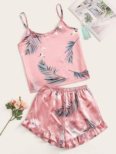 To find out about the Crane & Tropical Print Satin Cami PJ Set at SHEIN, part of our latest Pajama Sets ready to shop online today! Cute Pajama Sets, Cute Pjs, Cute Pajamas, Cute Sleepwear, Sleepwear Women, Pajamas Women, Teen Fashion Outfits, Outfits For Teens, Cute Lazy Outfits