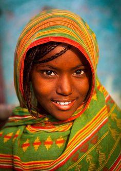 Afar girl, Assaita, Ethiopia photo by Eric Lafforgue