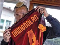 As Roma, Football Team, Rome, Yellow, Sports, Legends, Hs Sports, Football Squads, Sport