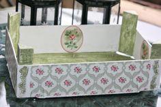 Caja de fresas reciclada