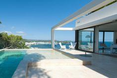 Open plan bathroom. Pool. Views. Minimalist villa in Santa Eulalia Mountains. Ibiza property, by Kelosa
