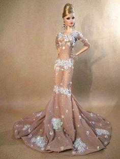 Eaki White Evening Dress Outfit Gown Silkstone Barbie Fashion Royalty