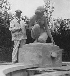 Figürliche Plastik heute, Gustav Schmidtcassel neben seiner Plastik, Gönhardgüter Aarau, (c) privat, Norbert Voigt, Berlin