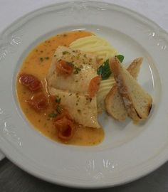 And fish! Sorrento, Thai Red Curry, Restaurant, Fish, Ethnic Recipes, Restaurants, Dining Room, Ichthys