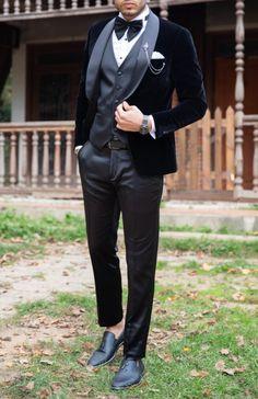 Mens Velvet Suit, Tuxedo Colors, Slim Fit Tuxedo, Code Black, Tuxedo Wedding, Style Men, Pocket Square, Mens Suits, Latest Fashion Trends