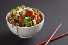 peanut soba noodles recipe with broccoli and red peppers