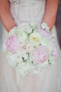 stunning peony bouquet // photo by TaylorLordPhotography.com