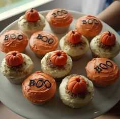 It's that time of year again! #baking #cupcakes #fall #camillelavie