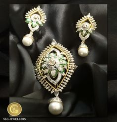 The mesmeric beauty of a glorious star has been encapsulated in this beautiful Earrings. #Earring #Jewellery #SLGJewellers