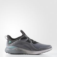 A fused mesh upper with a textile lining gives these men s running shoes  sock-like 443b6f444