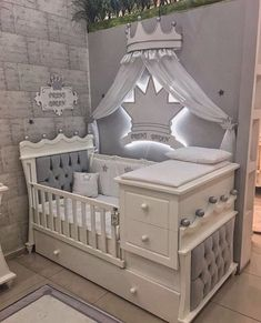 35 Best Baby Room Decor Ideas 2019 Baby room The post 35 Best Baby Room Decor Ideas 2019 appeared first on Nursery Diy. The Effective Pictures We Offer You About baby room decoration A quality picture Boys Bedroom Themes, Baby Bedroom, Baby Boy Rooms, Girls Bedroom, Room Baby, Baby Room Ideas For Girls, Baby Crib Bedding, Baby Girl Cribs, Nursery Room Ideas