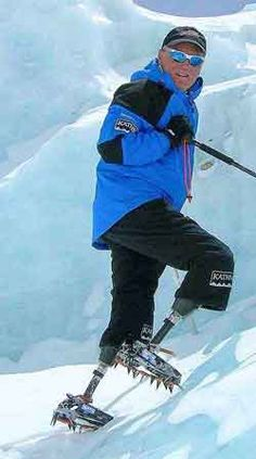 A man from New Zealand without legs, climbs the Mount Everest. This just proves that a mobility limitation doesn't have to limitate a person's life. #inspiring