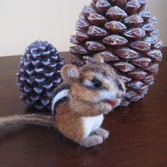 Die winzige Chipmunk Seed, Nadel Gefilzte tierische Faser-Kunst auf Etsy, 32,71€