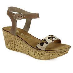 Πλατφόρμες πέδιλα με λεοπάρ λουρί Wedges, Sandals, Accessories, Shoes, Fashion, Moda, Shoes Sandals, Zapatos, Shoes Outlet