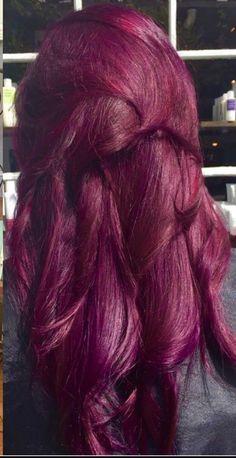 Haarfarbe Violett Raspberry Orchid Hair Color # Hair Color # Raspberry How far should you bu Hair Color Purple, Hair Color And Cut, Orchid Color, Color Red, Violet Hair Colors, Red Violet Hair, Hair Colours, Plum Hair, Brown Hair