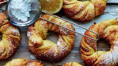 Saffron Buns Recipe, Copenhagen Cake, Christmas Bread, Danish Christmas, Christmas Foods, Cinnamon Twists, Breakfast Tray, Food Crush, Santa Lucia