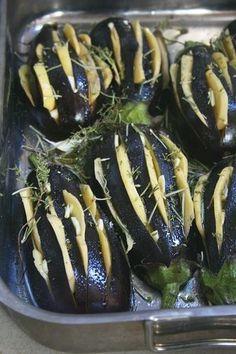 Aubergines farcies aux pommes de terre et rôties
