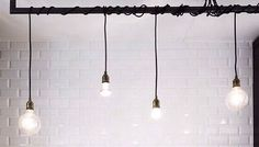 Exposed Edison Lightbulbs. A DIY Piece That Is So Simple Yet So Effective  In Creating. Appartement ...