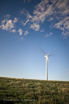 Hepburn Springs Wind Farm     Everything you need to know about water storage learn more at www.self-sustainable-living.com