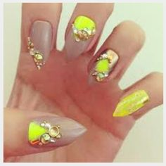 Nude and neon yellow with bling!  ♡