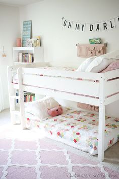 bright and happy shared girls room-love the quilts! More bright and happy shared girls room-love the quilts! Sister Room, Modern Bunk Beds, Kids Bunk Beds, Low Loft Beds For Kids, Bunkbeds For Small Room, Bunk Bed Ideas For Small Rooms, Bunk Beds Small Room, My New Room, Little Girl Rooms