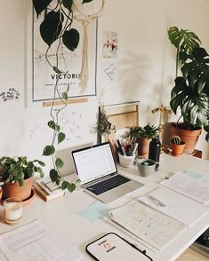 Study in bed or at a desk? 💫 I am a desk person and can only work productive if everything is organized + tidy 🌿 Study Desk, Study Space, Desk Space, Study Room Decor, Bedroom Decor, Decor Room, Desk Layout, Desk Setup, Uni Room