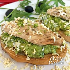 pincho aguacates caballa conserva Cloud Bread, Recipe Images, Burritos, Grilling Recipes, Salmon Burgers, Tapas, Avocado Toast, Cake Recipes, Sandwiches