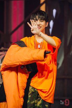 (2) Twitter Jun Liu, Korean Artist, Asian Actors, Park, Pop Group, My Boys, Rock And Roll, Pop Culture, Rapper