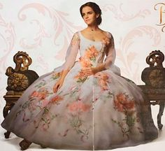 """a-dreamers-universe: """"New Emma Watson Picture in Belle's royal celebration gown from the new live action Beauty and the Beast """" Beauty And The Beast Dress, Disney Beauty And The Beast, Beauty And The Beast Wedding Dresses, Ball Dresses, Ball Gowns, Prom Dresses, Belle Celebration Dress, Belle Wedding Dresses, Glamour"""