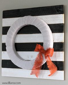 Pallet Wreath Holder