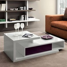 http://lovli.it/arredamento/salotto/tavolini/tavolino-mary-finitura-viola.html