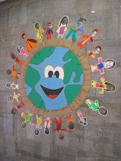 Torn Paper Earth Craft - fine motor skills activity for Earth Day Earth Craft, Earth Day Crafts, World Crafts, Earth Day Projects, School Projects, Art Projects, Kids Crafts, Arts And Crafts, Decoration Creche
