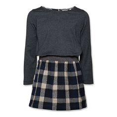 Vestido de algodón con falda a cuadros de franela. De AO 76