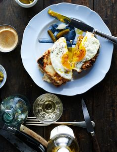 Find the perfect candle to pair with brunch #rewinedeurope http://www.rewinedcandles.com