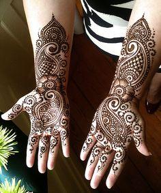 Scotty_bridal by Nomad Heart Henna, via Flickr