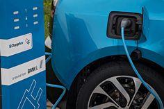 """Voiture électrique : offrez de l'électricité """"verte"""" à votre batterie !"""