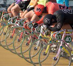 JKA School of Keirin Track Cycling, Speed Skates, Bike Run, Fixed Gear, Bicycling, Bike Life, Custom Bikes, Skating, Cool Photos