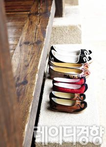 Korean traditional shoes made of silk