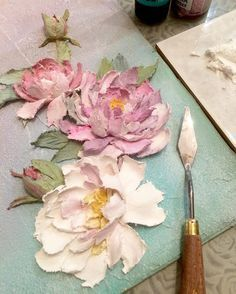 Rosas en relieve