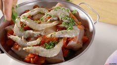 Receita de Cataplana de peixes mistos à algarvia. Descubra como cozinhar Cataplana de peixes mistos à algarvia de maneira prática e deliciosa!