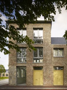 Houses in Molenplein by Tony Fretton Architects