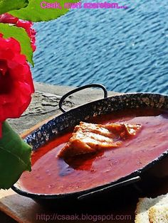 Hungarian Recipes, Hungarian Food, Fish Stew, Goulash, Griddle Pan, Grilling, Favorite Recipes, Dishes, Cooking