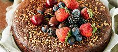 Gluteeniton mutakakku Low Fodmap, Raw Vegan, Gluten Free Recipes, Acai Bowl, Food And Drink, Cooking Recipes, Tasty, Baking, Breakfast