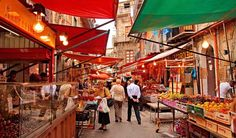 Top 15 best flea and food markets in Italy including Rome and Florence - Palermo