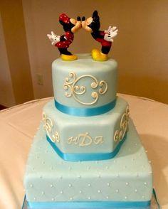 Wrightberry's custom wedding cakes