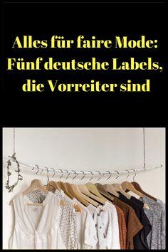 Fair-Fashion ist was für Ökos? Diese fünf Modelabels aus Deutschland beweisen das Gegenteil Se apprezzi la sostenibilità nei tuoi consumi, puoi acquistare i tuoi vestiti da queste cinque aziende tedesche fashion Mode Outfits, Fashion Outfits, Trending Topic, Fashion Capsule, Fashion Labels, Kind Mode, Better Life, Fair Trade, Capsule Wardrobe